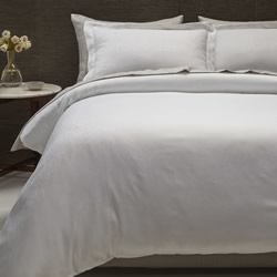 Hotel White Jacquard Quilt Cover Set