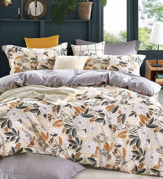 Isa Quilt Cover Set
