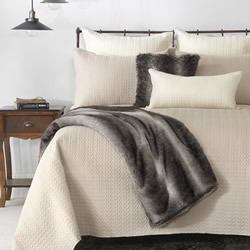 Amaya Mink Coverlet Set