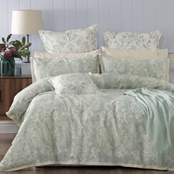 Aria Quilt Cover Set