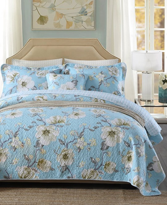 Etta Blue Coverlet Set