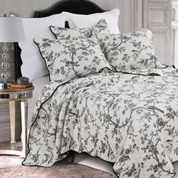 Black Forest Bedspread Set