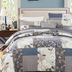 Desert Bloom Bedspread Set