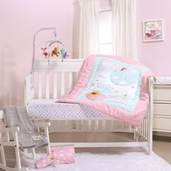 Pooh Fly A Kite Pink Cot Quilt
