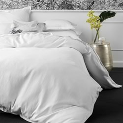 Ellie White Quilt Cover Set