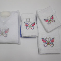 Pretty Butterfly Towels