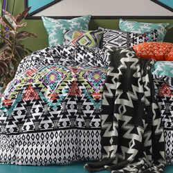Azaki Quilt Cover Set