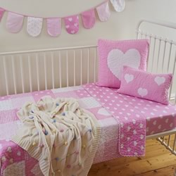 Lucy Cot Quilt