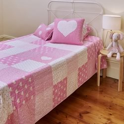 Lucy Bedspread Set