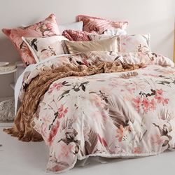Holidae Petal Quilt Cover Set