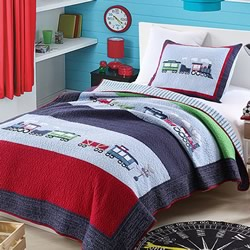 Puffing Steam Engine Coverlet Set