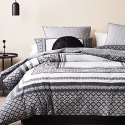 Vaughn Charcoal Quilt Cover Set