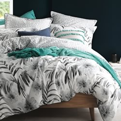 Bahama Silver Quilt Cover Set