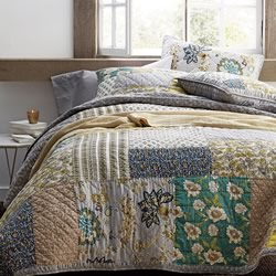 Cecilia Coverlet Set