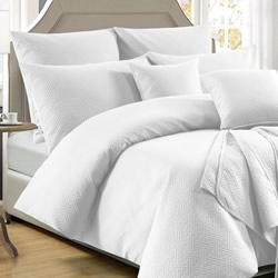 Zeus White Quilt Cover Set