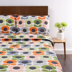 Multi Flower Oval Tomato Quilt Cover Set