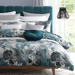 Cyra Emerald Quilt Cover Set