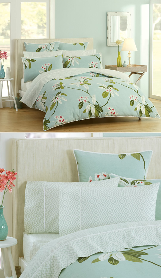 Peonies and Peacocks - inspired by Chinoiserie - Cottonbox : sanderson quilts - Adamdwight.com